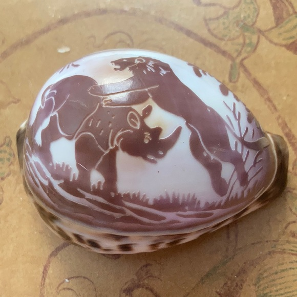 Vintage Carved Tiger Cowrie Shell Lion Rhino Fight